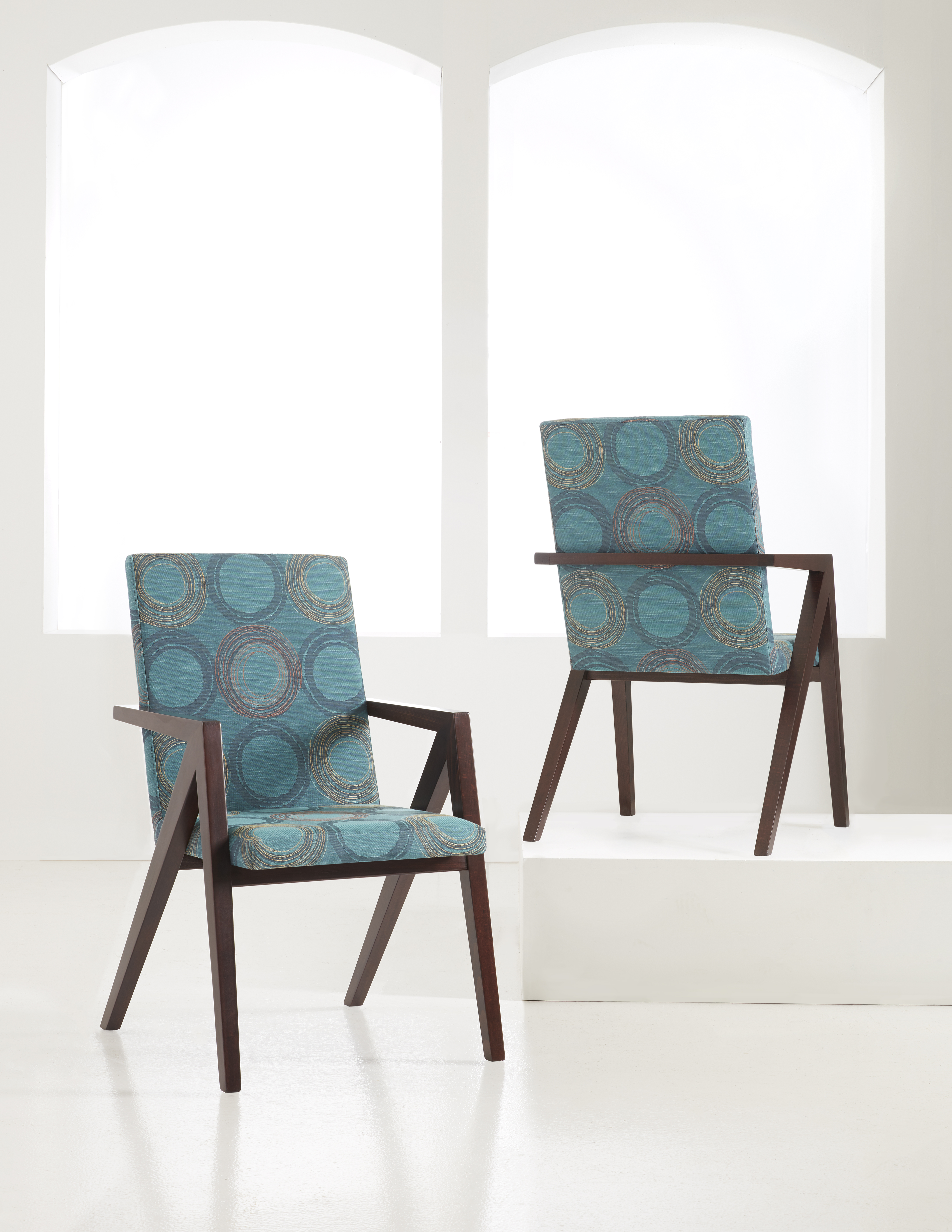 Truitt Dining Chair H Contract Furniture